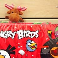 (FOTO: Finntastic) Maskottchen Janne-Okari ist auch total verrückt nach den Angry Birds.