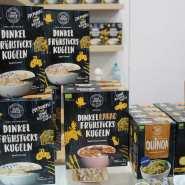 (FOTO: Finntastic) Die Frühstückskugeln von Sun Spelt sind in Kombination mit leckeren Bereren oder anderen Früchten  der perfekte Start in den Tag.  www.sunspelt.com