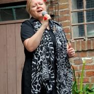 """(FOTO: Finntastic) Laura Ryhänens klare, helle Stimme sorgt für eine ordentliche Portion """"Tango-Melancholie""""."""