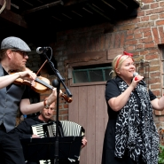 (FOTO: Finntastic) Die Musiker von Uusikuu geben Finnischen Tango vom Feinsten zum Besten.
