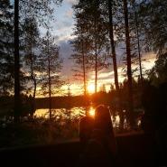 (FOTO: Elli Jobbágy) Füße hoch und den Sonnenuntergang von der Terrasse des Mökkis genießen.