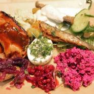 (FOTO: Finntastic) Mein Spezialitäten-Teller vom kulinarischen Event am Finnlandstand.