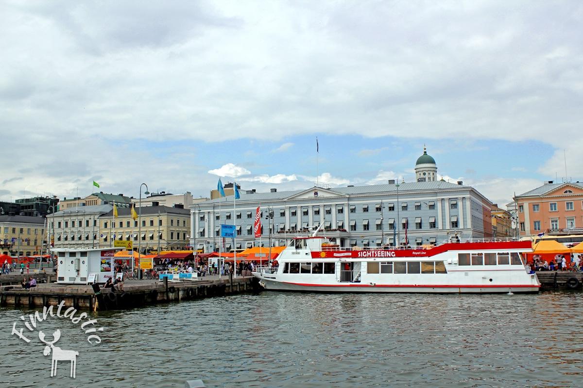 Blick auf den Marktplatz von Helsinki