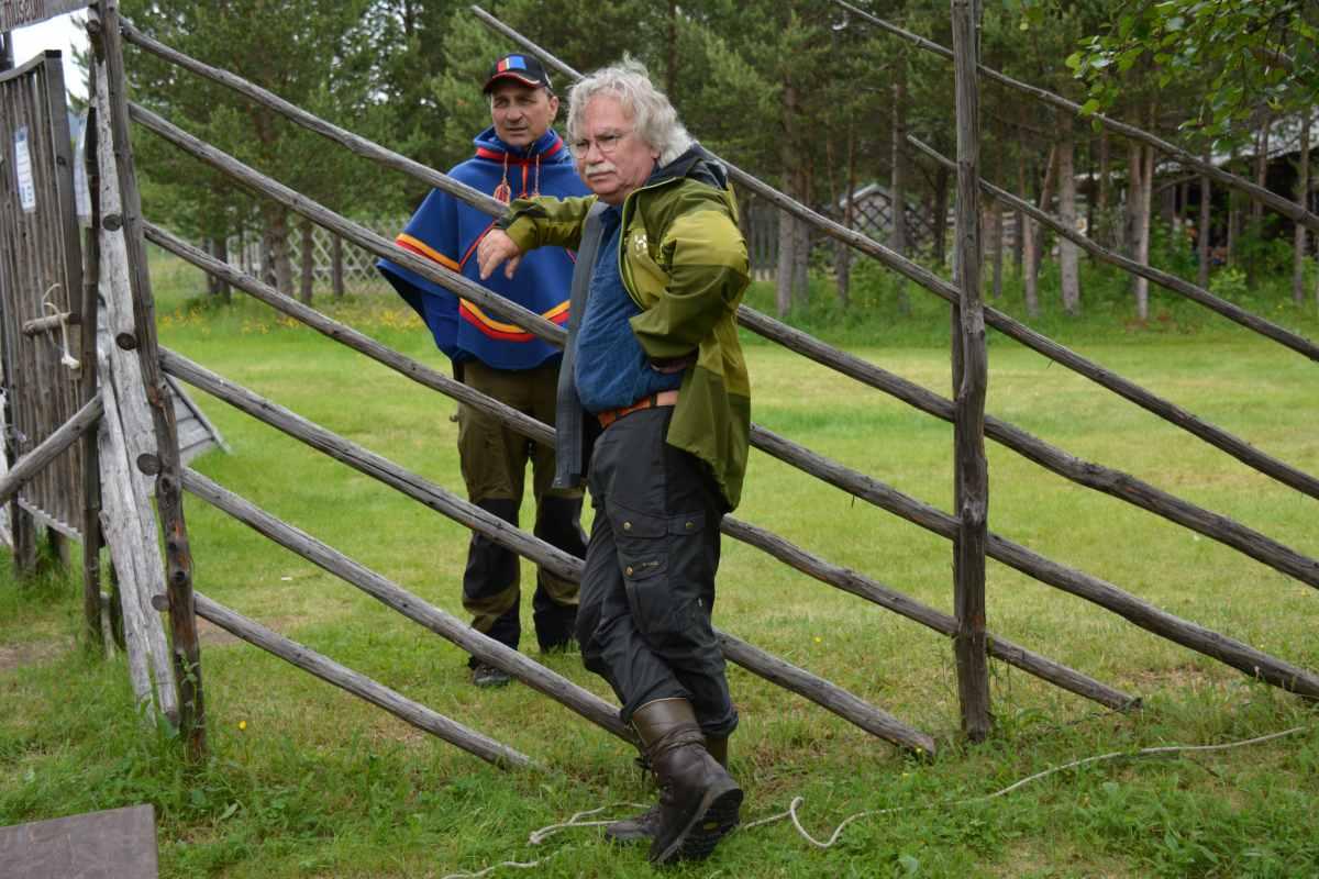 (FOTO: Liane Gruda) Gute Freunde: Hans-Joachim Gruda und Nils Torbjörn Nutti von Nutti Sámi Siida in Jukkasjärvi.
