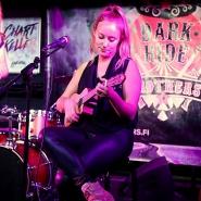 (FOTO: Homburg Fotografie) Die Mädels von Redheads and the King sind der beste Beweis: kleine Instrumente mega Sound!