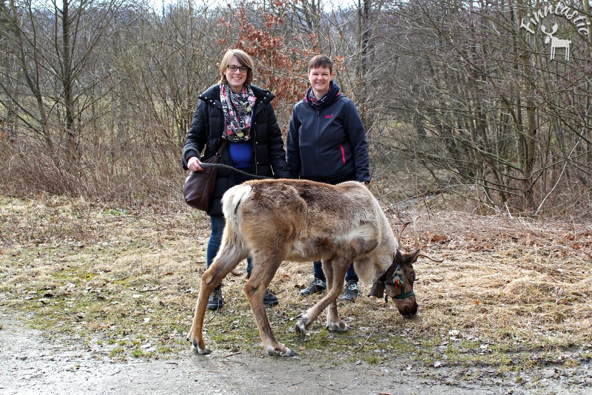 (FOTO: Finntastic) Rentierfans und Nordlichter unter sich: Inken von Finntastic und Astrid