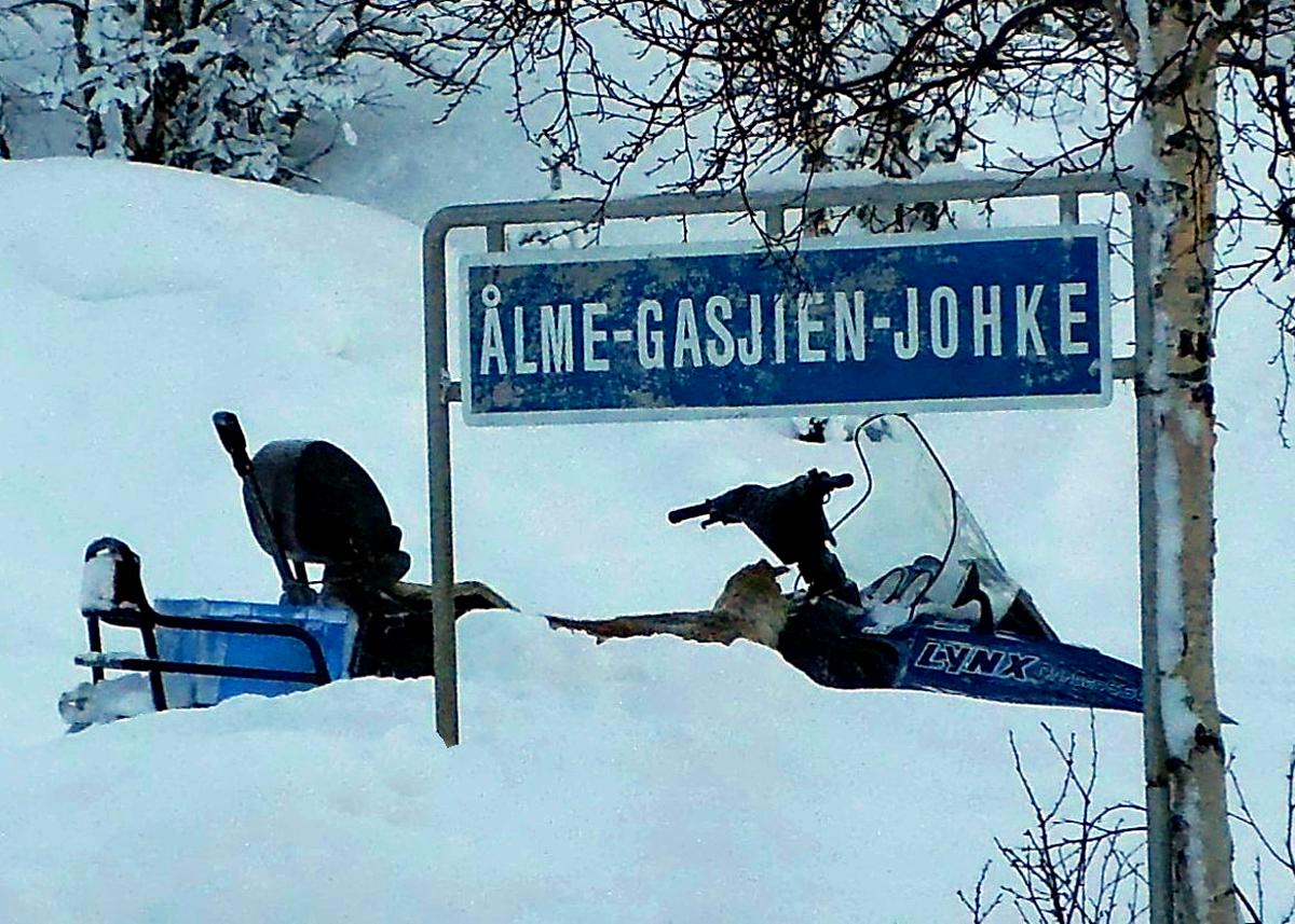 (FOTO: RENRAJDvualka) Uwes Familie gehört zu den Fjell-Samen und hat in Nordschweden eine Herde mit 7.500 Rentieren.