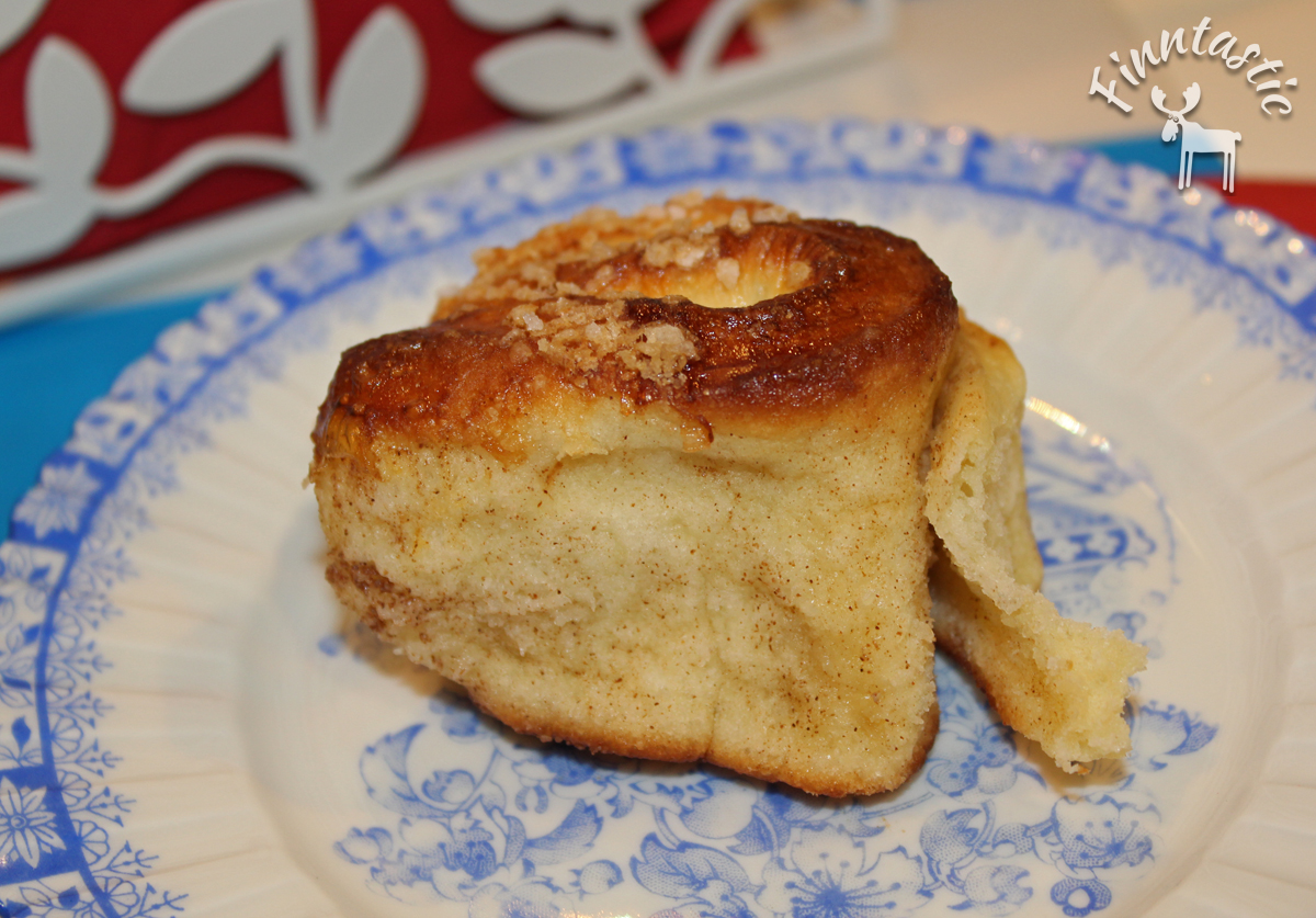 (FOTO: Finntastic) Zu einem Täschen leckeren Schwedenkaffee gabe es hausgemachte Zimtschnecken (Kanelbullen). Mhm...einfach köstlich!