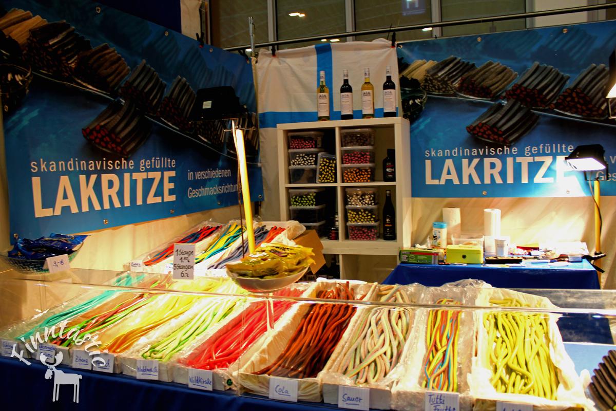 (FOTO: Finntastic) An einem weitere Stand gab es nochmal richtig viel tolle gefüllte skandinavische Lakritze. Ein Paradies für Lakritzfans!