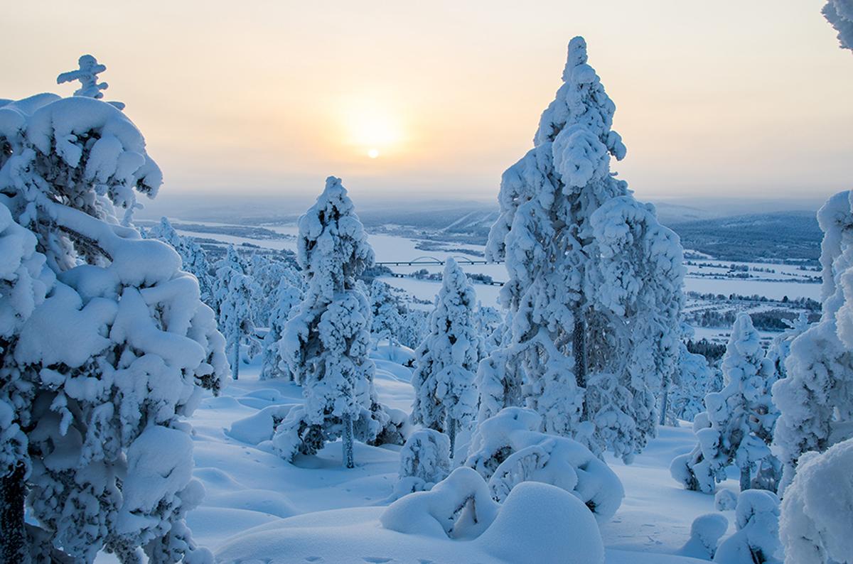 (FOTO: Matti Björninen) Die Landschaft von Ylitornio verwandelt sich im Winter in ein Winterwonderland.