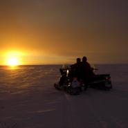 (FOTO: RENRAJD vualka) Sonnenaufgang in Sápmi
