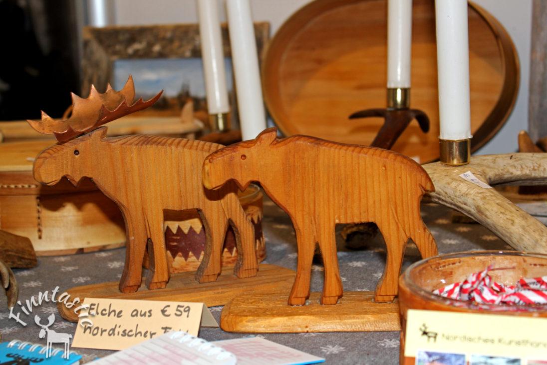 handgemachte Elche aus Fichtenholz