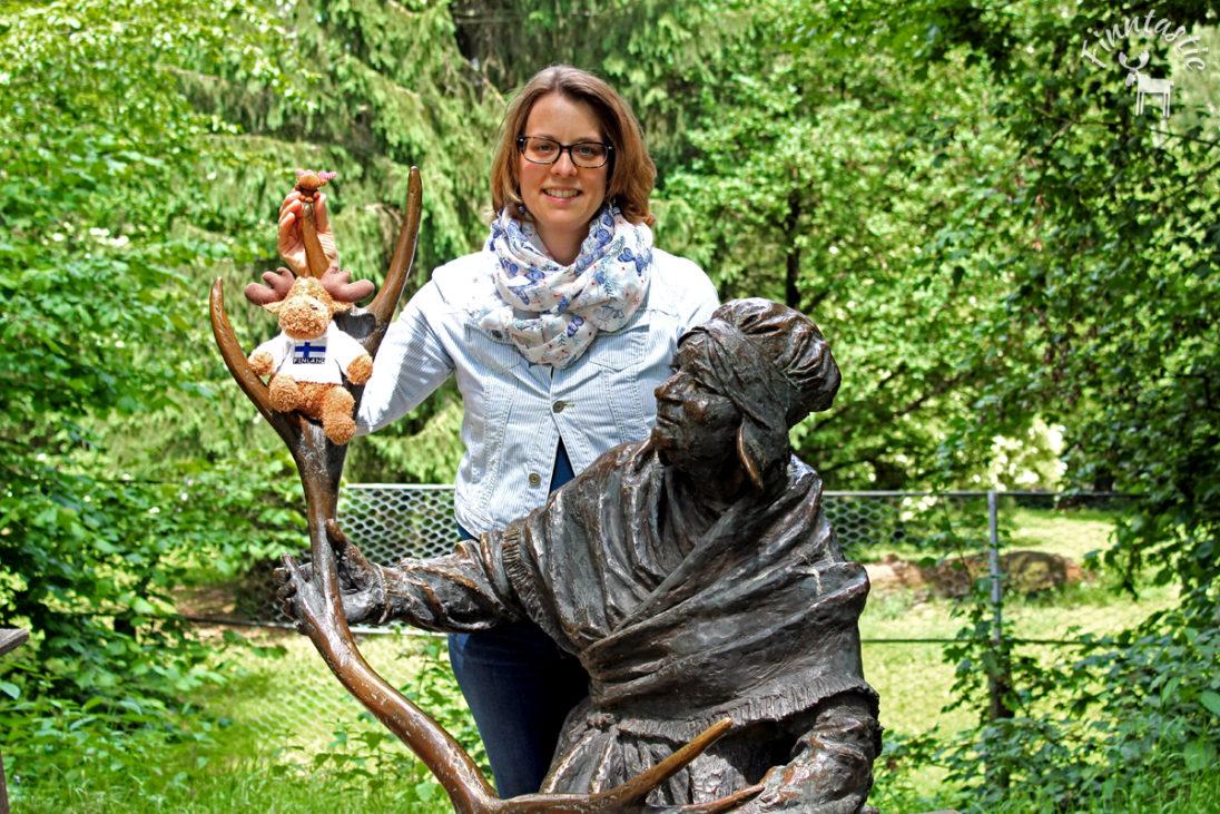 Zu Besuch am Denkmal der Wilden Lappenfrau