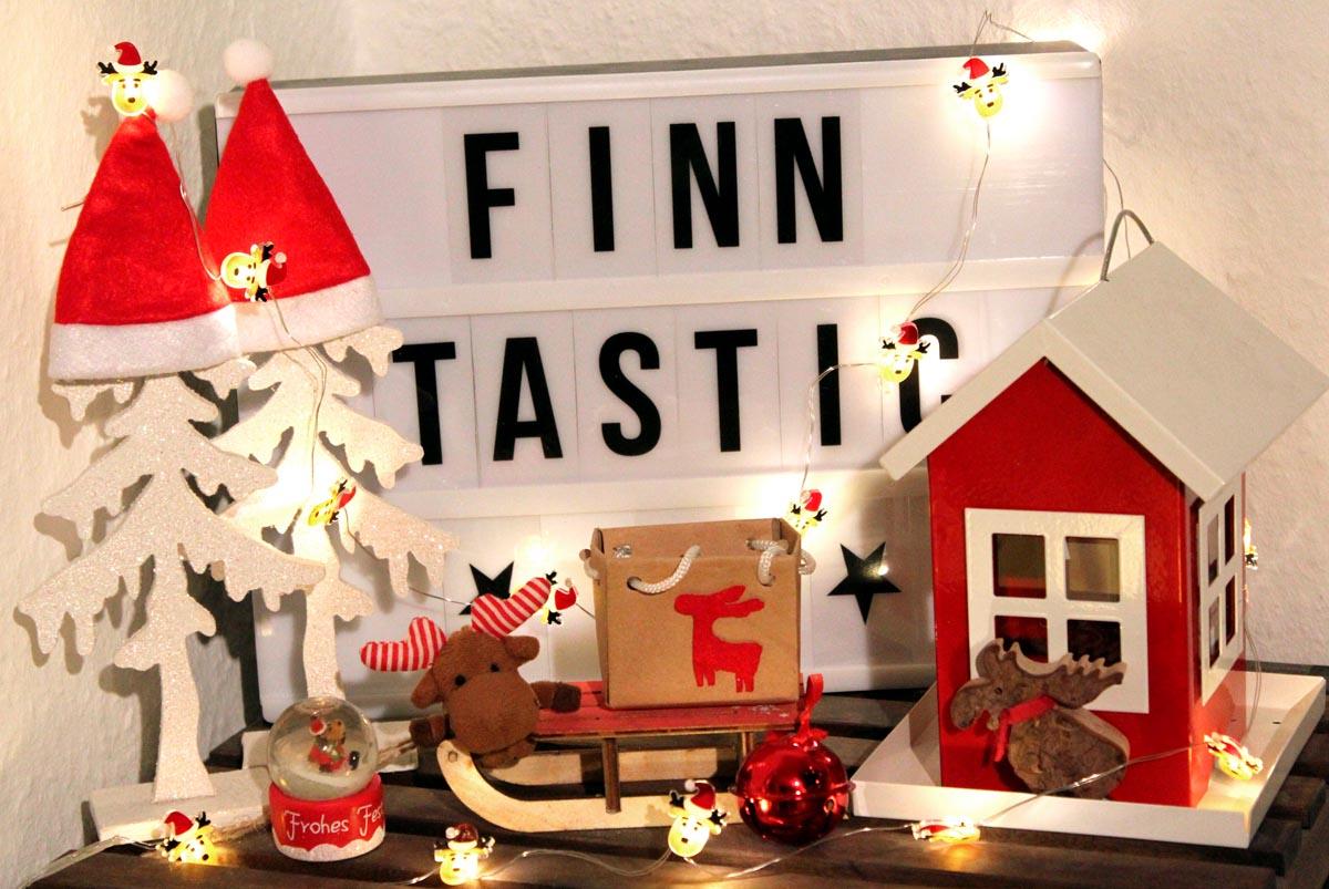 (FOTO: Finntastic) Juhuu bald ist wieder Weihnachten und dann trifft Janne-Oskari seine Elchfreunde und Familie. Damit die lustigen Elche ein paar neue Songs zum Singen haben, macht mit und postet uns euren Lieblingsweihnachtssong aus Finnland unter diesen Beitrag!