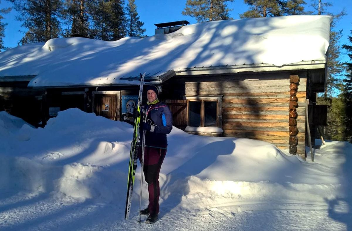 Anja Degiampietro beim Skifahren in Lappland