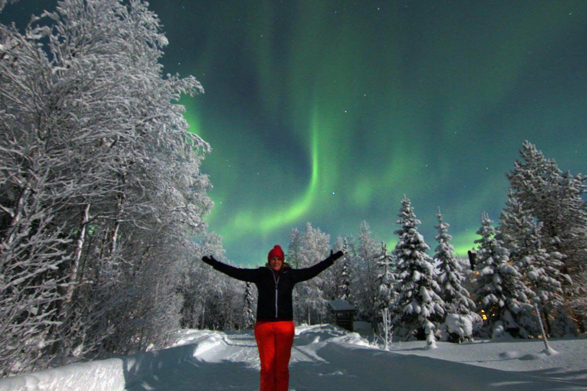 Anja Degiampietro unter dem Nordlicht