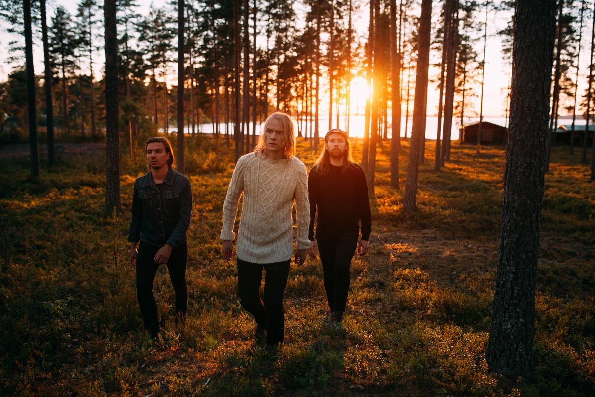 (FOTO: Clouds Hill/NEØV) The indie pop-rock band NEØV from Eastern Finland is touring in Germany with their new studio album